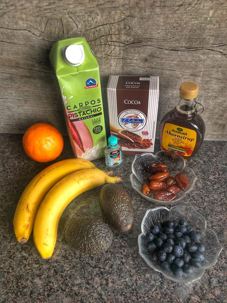 avokado-banani-portokal-borovinki-kakao-furmi-klenovsirop-vanilia-mlqko-ot-shamfastyk