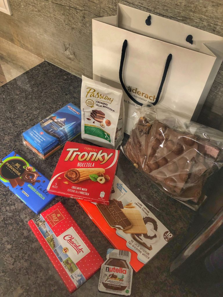 швейцарски-италиански-шоколади-фереро-ладерах-тронку-нутела-фрей-пасиони-перуджия-киндер-nutella-laderach-passioni-frey-ferrero-tronky-kinder-perugia