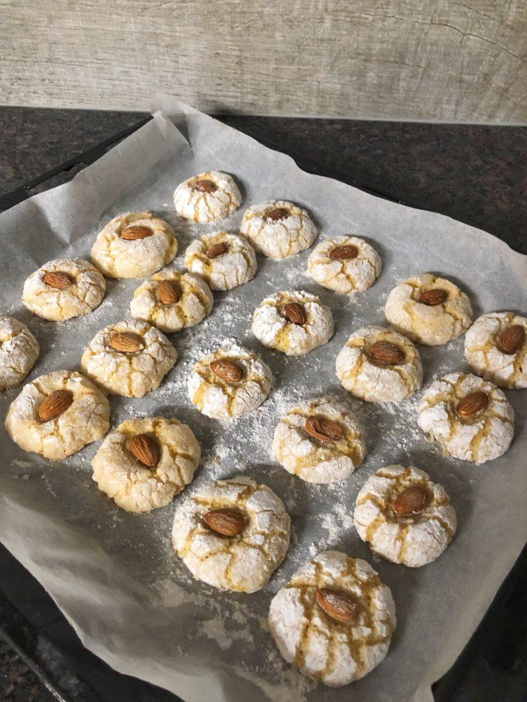 амарето-бадемови-бисквитки-ричарели