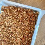 гранола-фурми-бадеми-ядки-здравословна-закуска