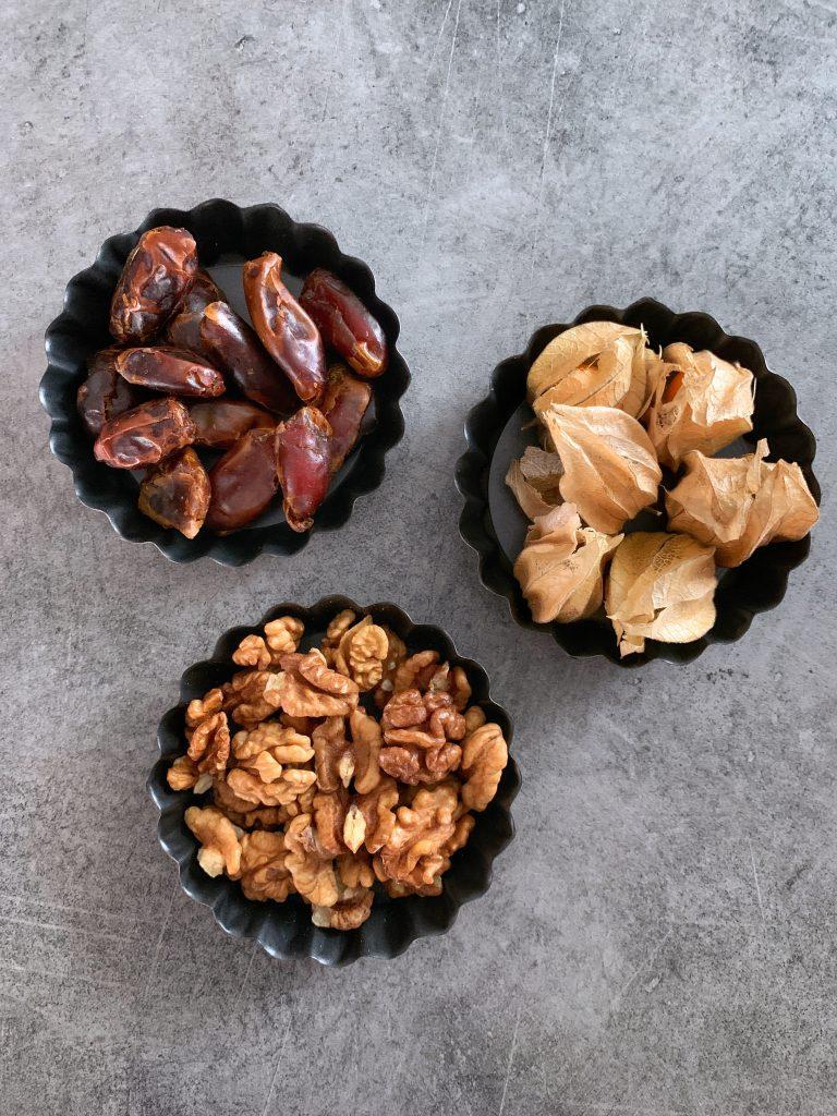 фурми-орехи-физалис-съставки-тарт