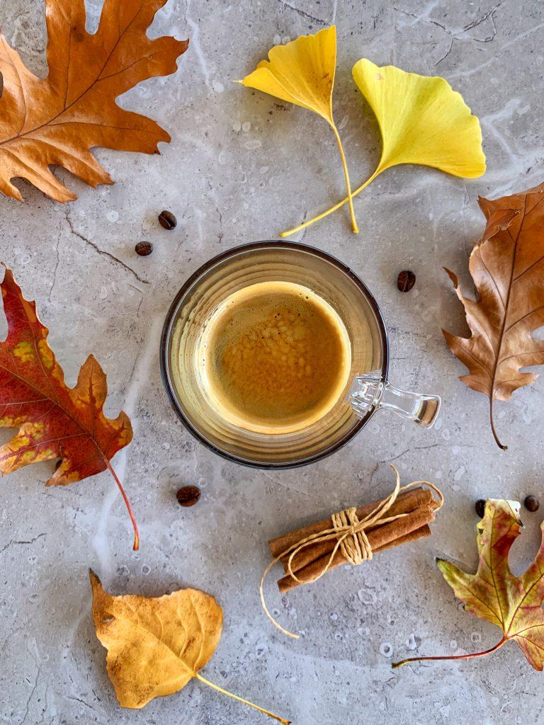 кафе-еспресо-за-есенно-тиквено-лате