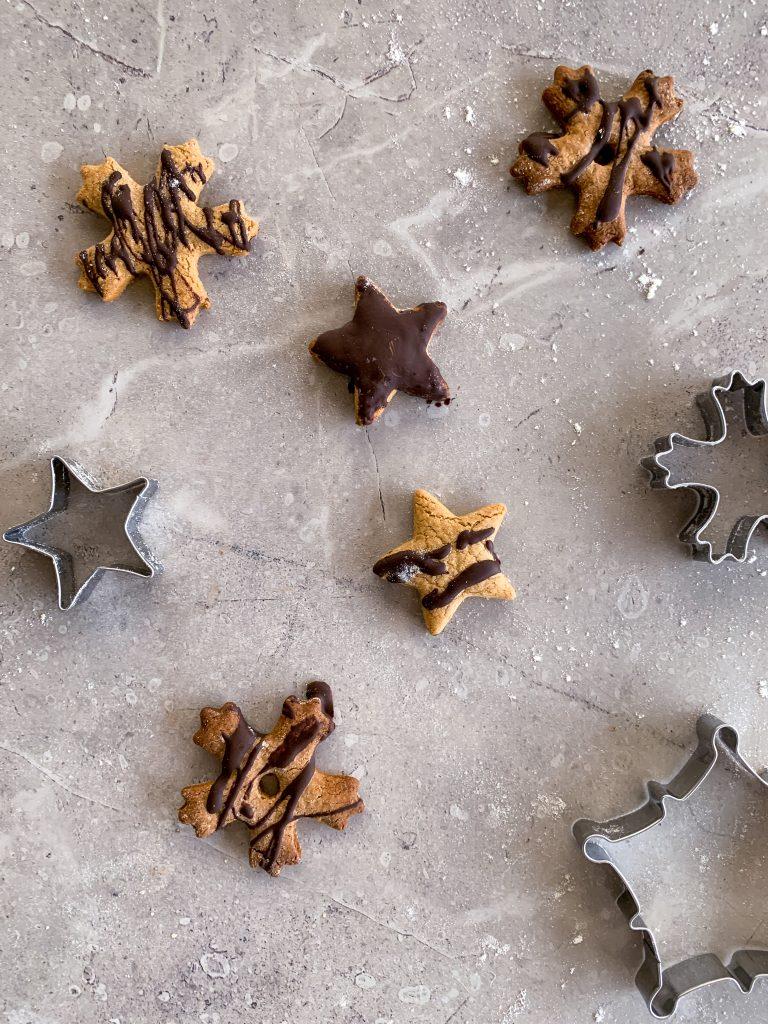 джинджифилови-бисквитки-с-шоколад
