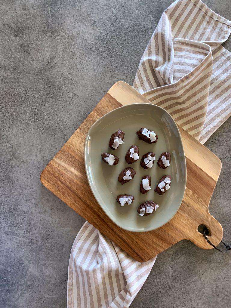 домашни-здравословни-сурови-веган-бонбони-фурми-шоколад.jpg