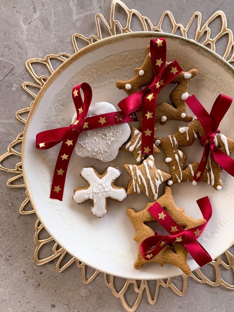 джинджифилови-бисквитки-Коледа.JPG