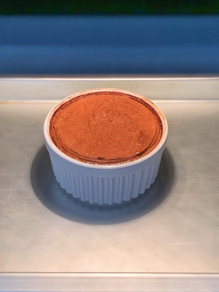 шоколадово-суфле-веднага-сложено-в-печката