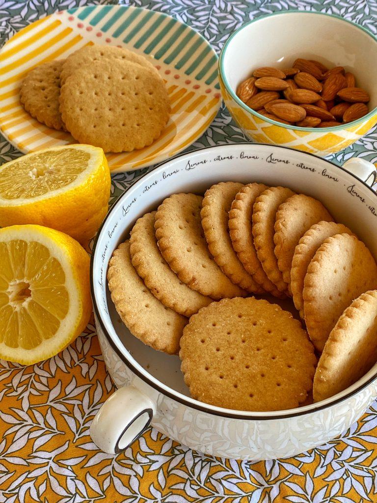 Великден-рецепта-масленки-бадем-лимон-бадемови-масленки-форма-шоколад-silikomart