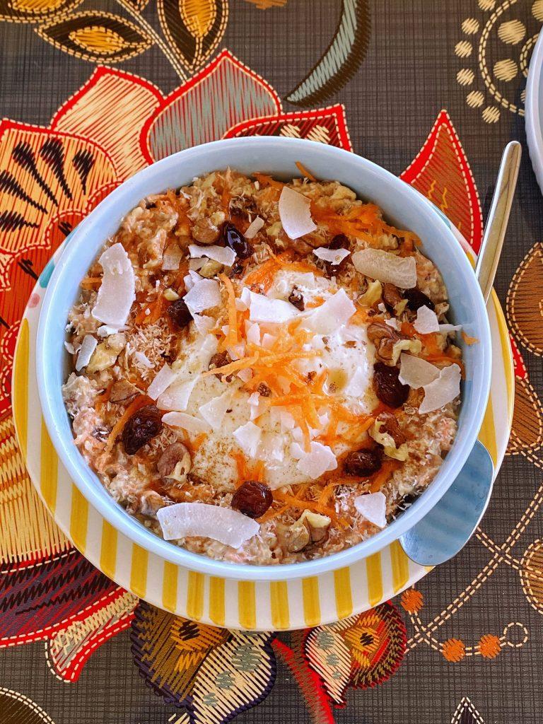 здравословна-закуска-овесена-каша-моркови