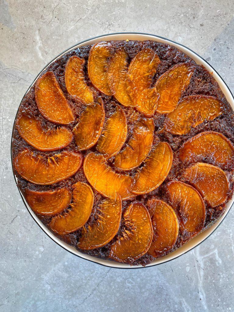 сицилианска-торта-с-праскови-карамел